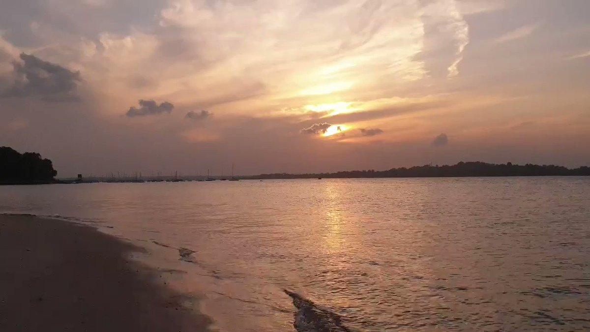 Sunset at Changi Beach. #beach #sky #clouds #sunset #sea #happyplace