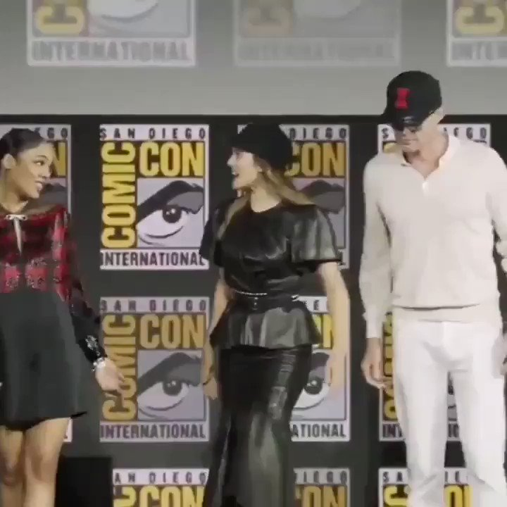 sebastian stan standing next to tom hiddleston *fanboy mood activated* #MarvelSDCC