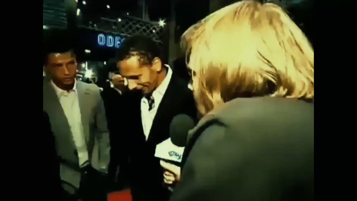 """Throwback to one of the greatest interviews ever...  Reporter: """"Who is the best player in the world ever?""""  Rio Ferdinand: """"For me the best player in the world ever.... Diego Maradona""""  Cristiano Ronaldo: """"Me""""  Anderson: """"My name is Maradona"""" 😂😂😂"""