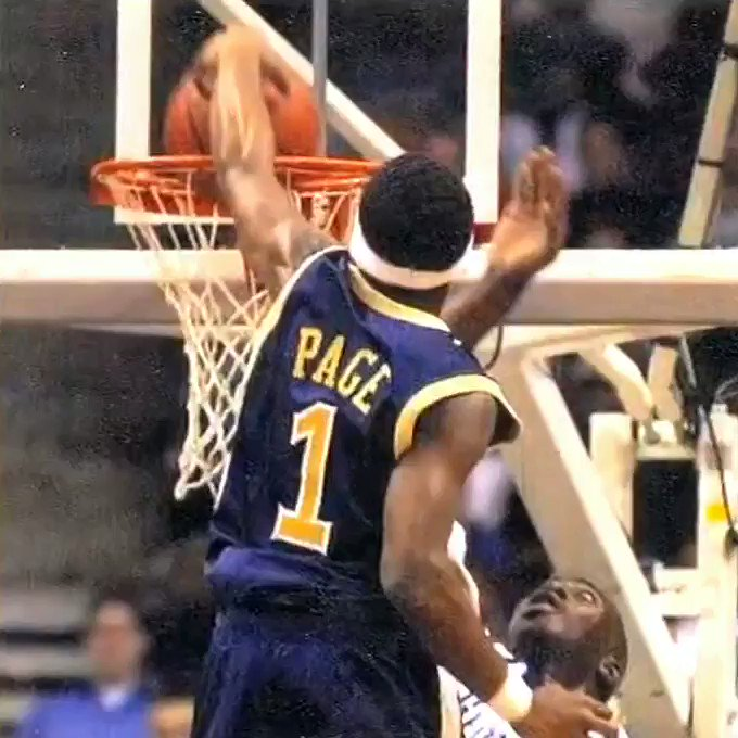When 63 freshman @JuliusPage went over 70 Boumtje Boumtje. One of my all time favorite college dunks.