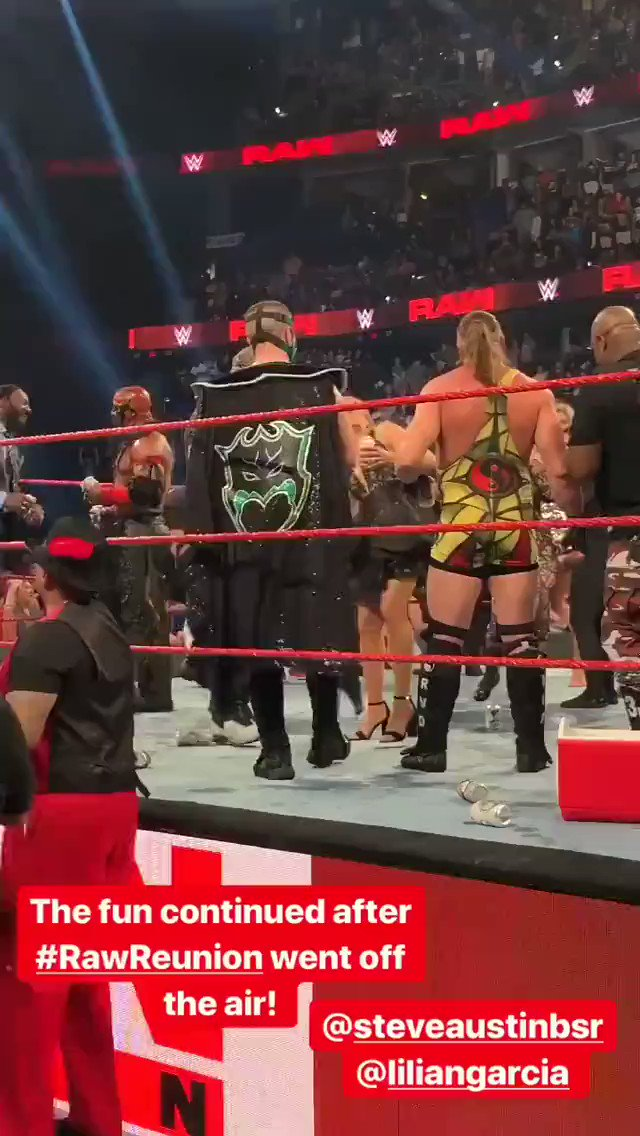 Steve Austin drowns Lilian Garcia in beer after #RAW goes off the air...