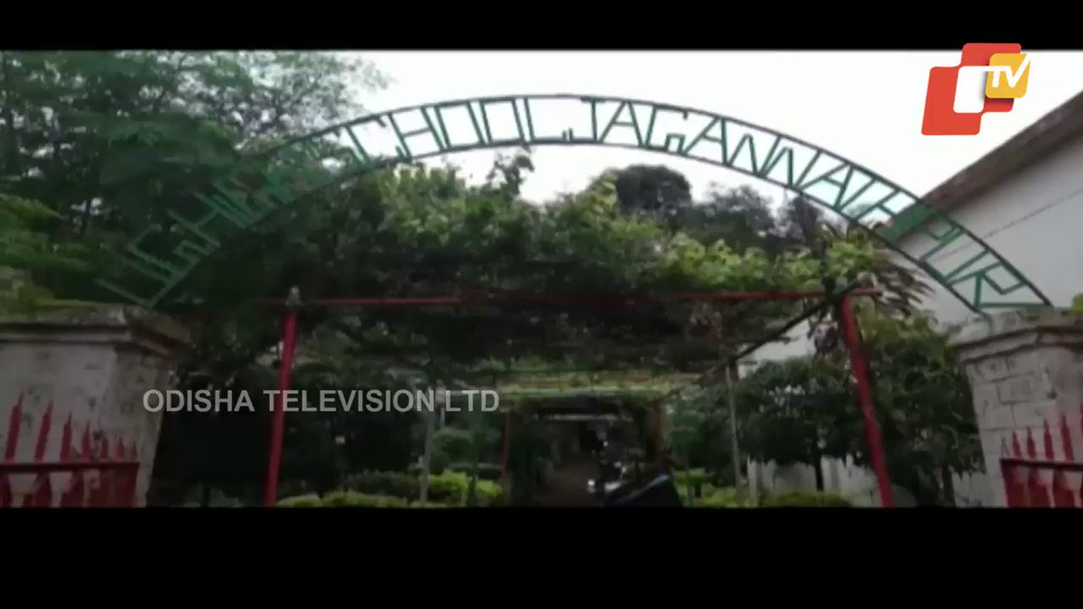 #Odisha school leads by example. A lush green garden has been created by teachers & students using waste products and plastic. Here's #OTV report