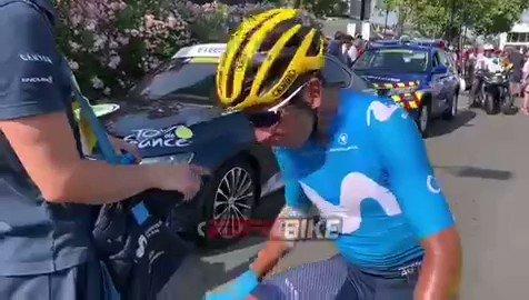 """""""Hubo una caída, intenté enganchar, pero se ha ido el pelotón y no pude llegar"""". Declaraciones de Nairo Quintana después de la etapa de hoy en el Tour de Francia, explicando las razones por las cuales perdió un minuto al final.#TDF2019 #VamosEscarabajos #VamosNairo"""