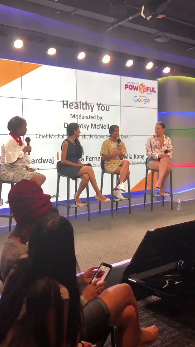 """If we had a crush, it'd definitely be these amazing women! """"The Healthy You"""" panel moderated by Dr. Patsy McNeil with Dr. Rajni, Deanna Fernandez & Mia Kang reminded us to discover our #happytriggers too! Once you've discovered it, do more of that! #PowHERfulIS"""