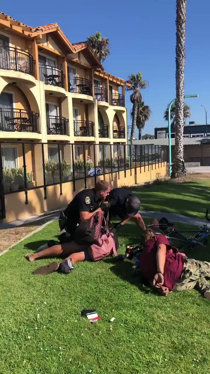 "hey @SanDiegoPD why did your officers repeatedly kick a man in the stomach for ""resisting"" when he was already lying on the ground handcuffed?????"
