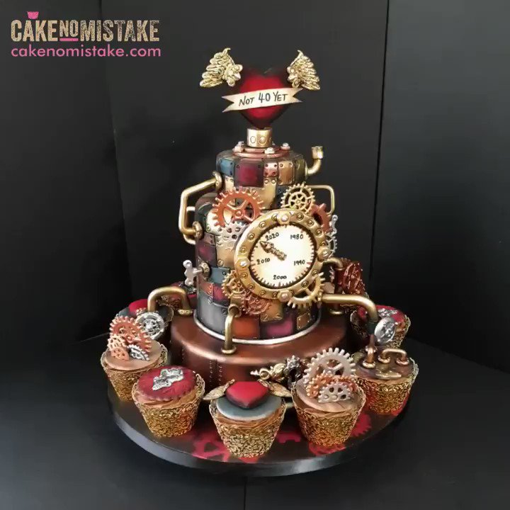 #Cake 🍰 Awesome of the Day: Impressive #Steampunk ⚙️ Pièce Montée #Birthdaycake 🎂 with Cogs Gears 🔧 Pipes & Heart ❤️ via @CakeNoMistake #SamaCake