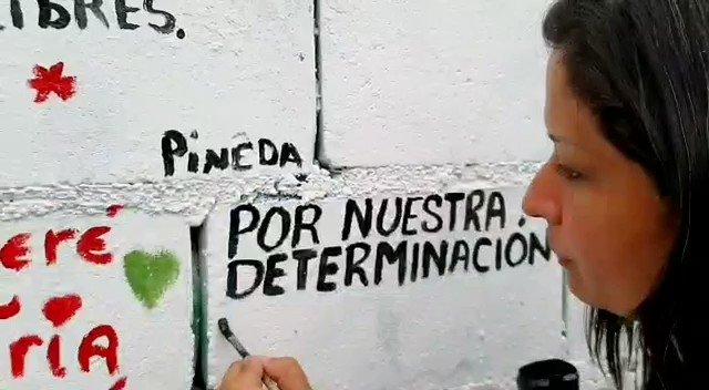 Pueblo digno e irreverente ante las amenazas del imperialismo. Eso somos #Barcelona #VenezuelaHeroica #11Ago