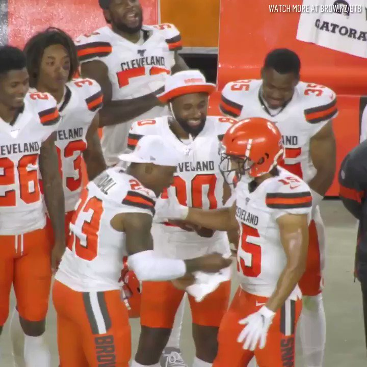 Browns had priceless mic'd-up reactions to Sheehy-Guiseppi's TD return