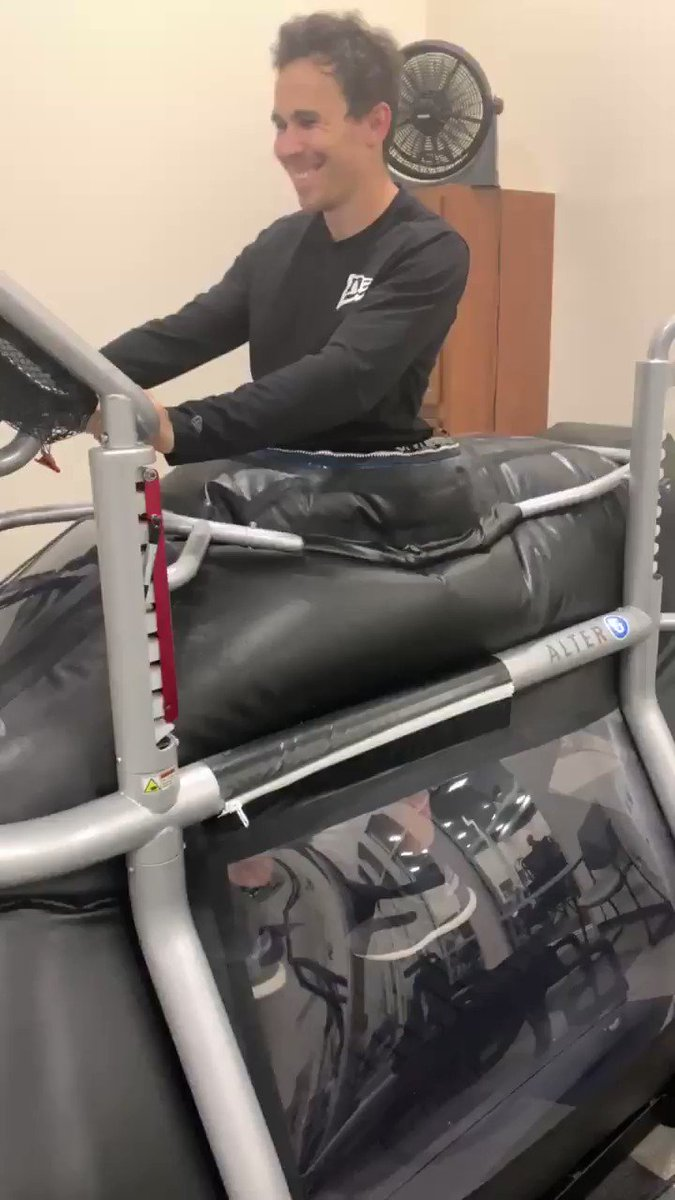 It has been 4 weeks since my latest surgery and we are finally back to a full training program! It was really encouraging to see the work we have been doing at @pitfittraining and @definingsports is paying off. This was my first full (30 minute) AlterG session since the surgery.