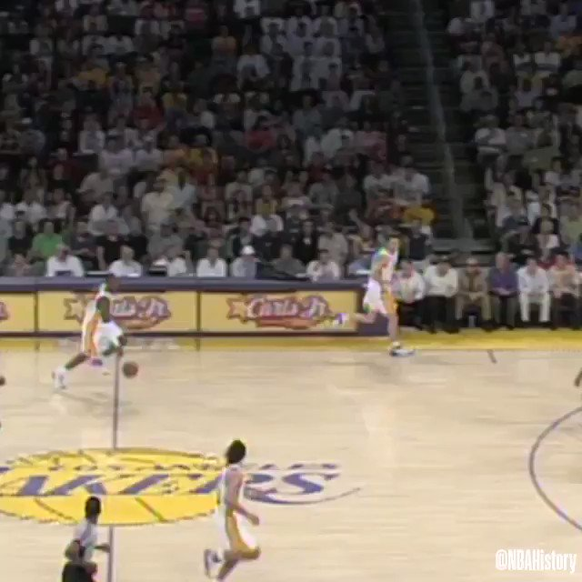Behind-the-back.  Spin.  Drop back pass.   @kobebryant's iconic assist from 2008! #NBAAssistWeek
