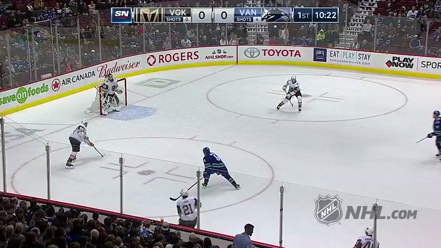 ICYMI: @_EPettersson brocked @BBoeser16's world with this pass. 😅 (Elias Pettersson & Brock Boeser)