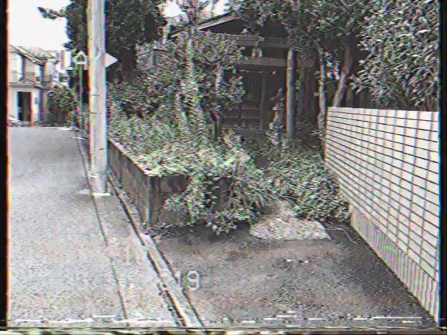 VHSエフェクトアプリで神社撮ってみたらめっちゃ怖いww