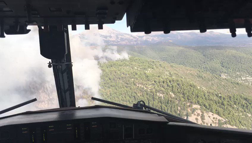 Fires in #Greece First deployment of #rescEU assets! Firefighting planes from #Italy & #Spain in action fighting the fires. Our immediate response proves the added value of #rescEU which makes our response more robust, quick & efficient. © IT Civil Protection @eu_echo