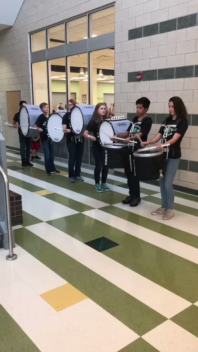 RT <a target='_blank' href='http://twitter.com/principalWHS'>@principalWHS</a>: <a target='_blank' href='http://twitter.com/WakeBands'>@WakeBands</a> drum line kicks off <a target='_blank' href='http://twitter.com/APSVirginia'>@APSVirginia</a> admin conference <a target='_blank' href='https://t.co/YVSnGhFWh8'>https://t.co/YVSnGhFWh8</a>