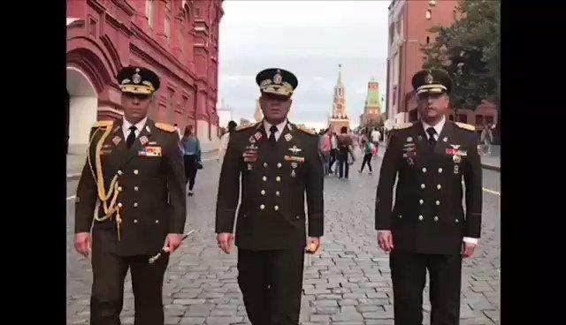 Estoy en Moscú, atendiendo una invitación del Ministro de Defensa de la Federación de Rusia, General Serguéi Shoigú, donde hemos conversado y compartido diversos temas; en refuerzo de la cooperación técnico-militar que sostenemos para beneficio de nuestros pueblos.
