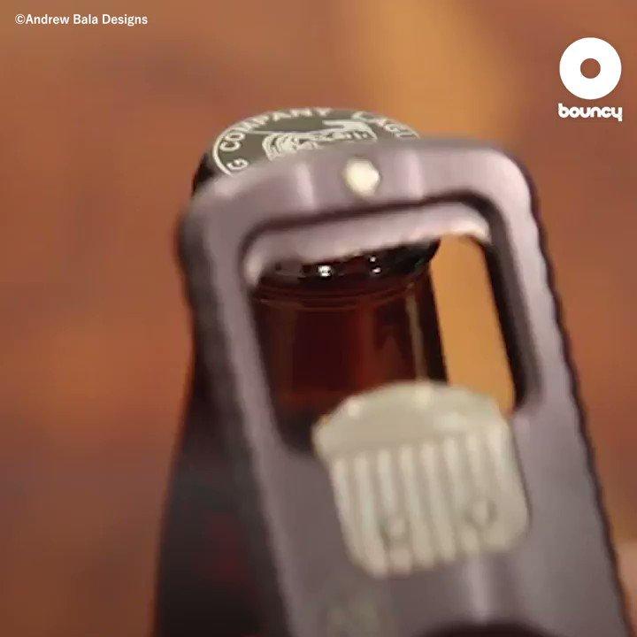コンパクトでオシャレな栓抜き🍾by Andrew Bala Designs価格や入手方法はこちら👉#おしゃれ #ワイン好き