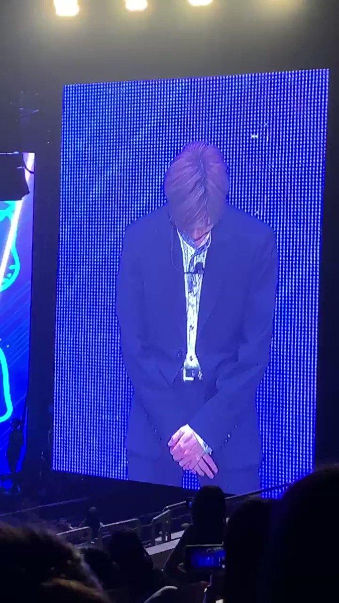 [#KangDanielinSG] Daniel's second forfeit: the level-up dance #KangDaniel1stFanmeetinginSG #KangDanielColorOnMeinSG #KangDaniel