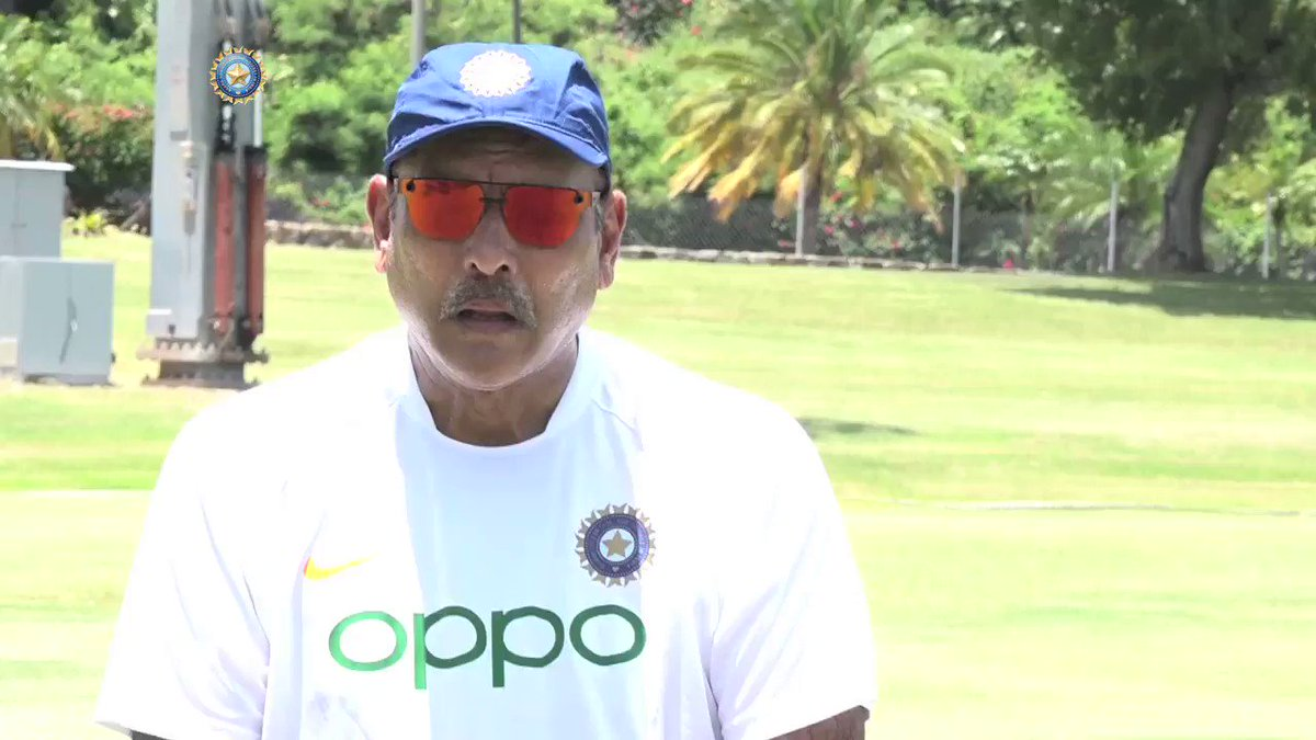 EXCLUSIVE: An honour & privilege to be retained as coach: @RaviShastriOfc After being retained as Head Coach, Ravi Shastri listed out the challenges ahead & his future plans for #TeamIndia. Interview by @28anand Watch the full video here 📹bcci.tv/videos/id/7806… #TeamIndia