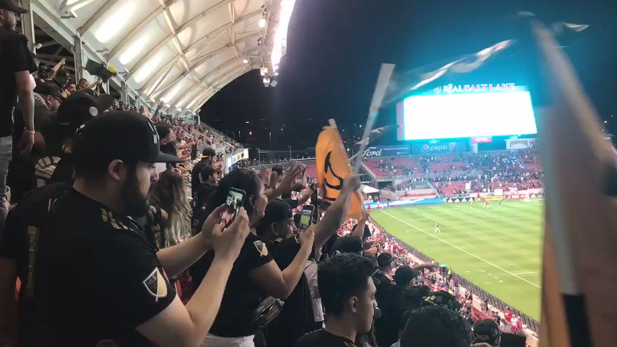 This is what clinching playoffs in August looks like. 😎🖤💛 #LAFC #LAFCawaydays @LAFC3252