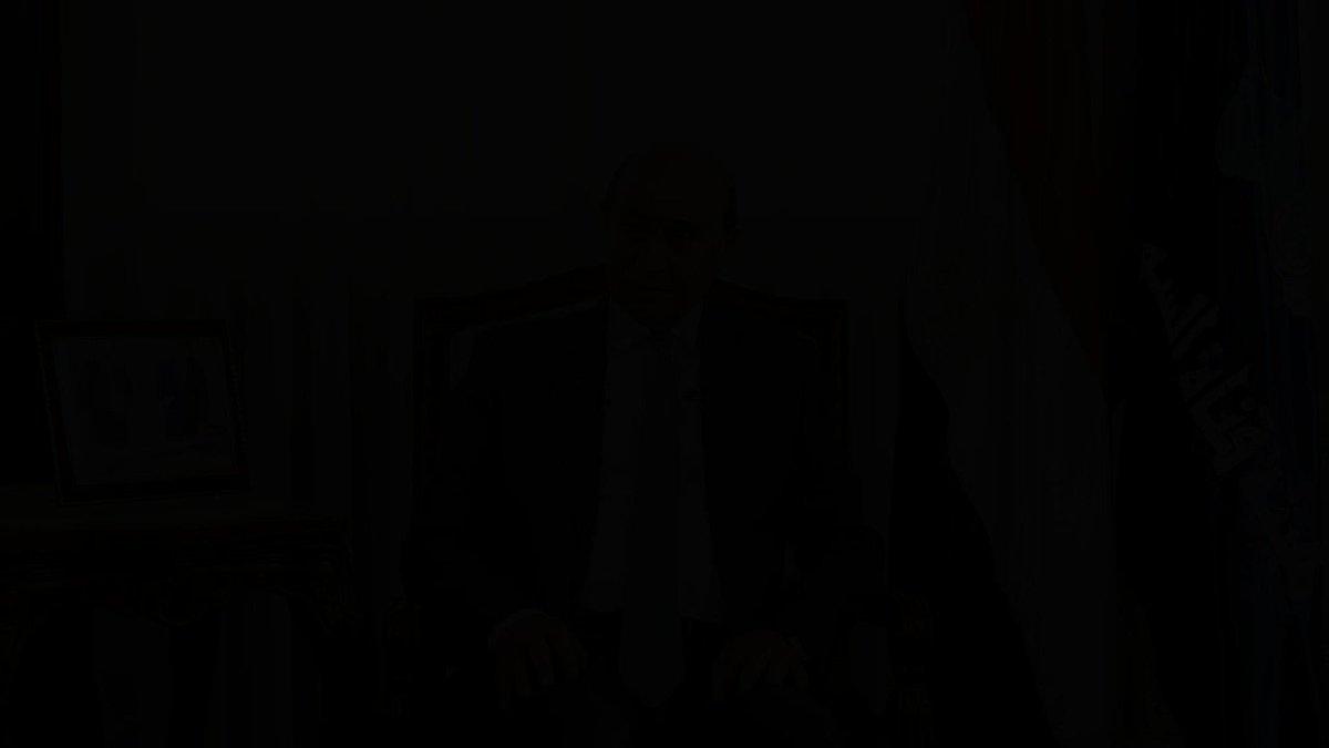 السيد الفريق أسامة ربيع... يسعدني أن أبعث إليكم بأحر التهاني للثقـة الغالية التي أُوليتم إياها بتعيينكم رئيسا لهيئة قناة السويس وأدعو الله لكم بالتوفيق والنجاح لما فيه خير هذا البلد. وهذه هى وصيتي 👇 #مصر_تبني_مستقبلها 🇪🇬