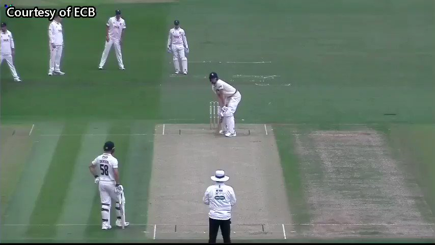 Impressive bowling today from Mohammad Amir for Essex versus Kent. 17-4-30-3 #Cricket