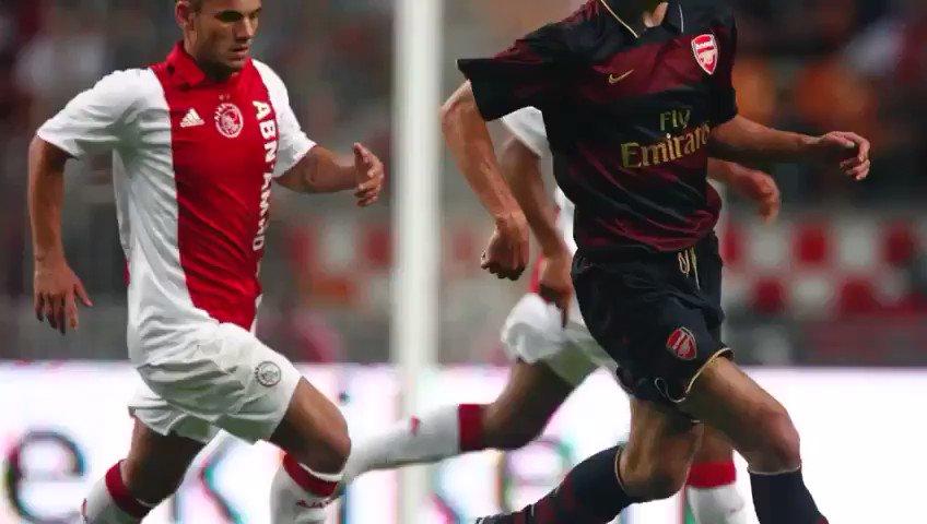 Wesley Sneijder bedankt fans en voormalige clubs voor support