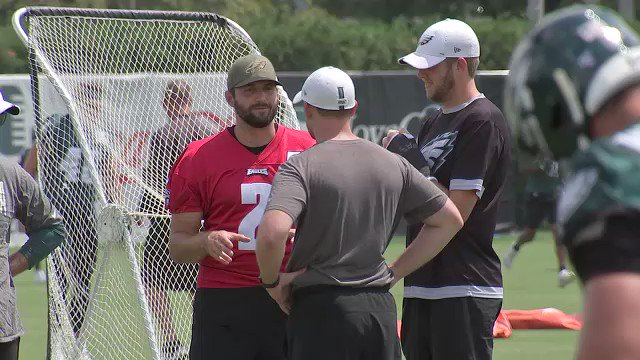Injured #Eagles QBs Cody Kessler and Nate Sudfeld watch Eagles practice today as Josh McCown makes his debut wearing #18 Eagles jersey Hear from @JoshMcCown12 on @6abc at 5, 6, 10, 11 + Sports Sunday @6abc #Eagles