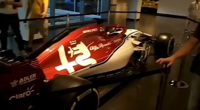 #SkyMotori #SkySport #skytg24 #Formula1 #SkyF1 #alfaromeoracing #carlovanzini in diretta dal Museo Alfa Romeo