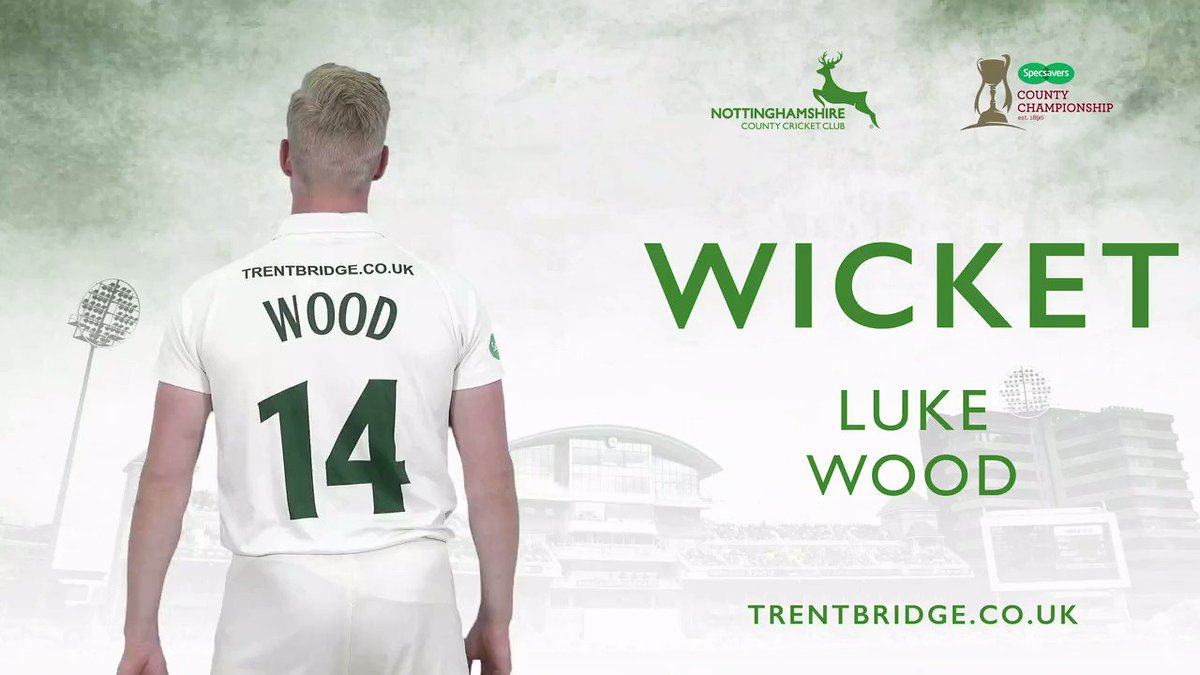 WICKET | Luke Wood is brought into the attack and strikes as Ballance (61) can only top-edge a pull to substitute fielder Louis Bhabra who takes a sensational catch at long leg. Yorkshire 199-4, lead by 247 runs. Follow #YorksvNotts live 👉http://socsi.in/G_UBY91