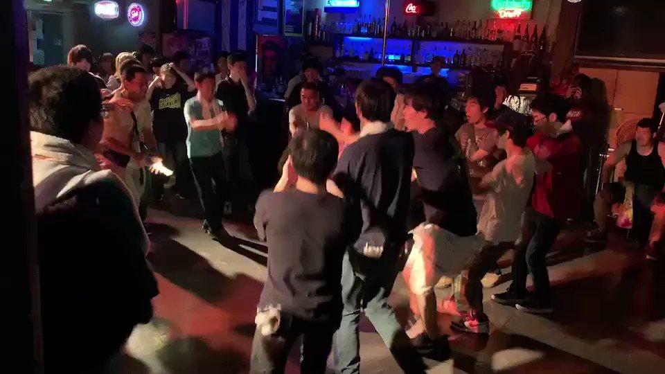 RT @erukomekun: 【前回の輝夜】  輝夜恒例のダンソン  ♪Cutie Panther  DJ : HAM  #輝夜の城で騒ぎたい  https://t.co/eqzhubIgTu https://t.co/54XRHlrS8c