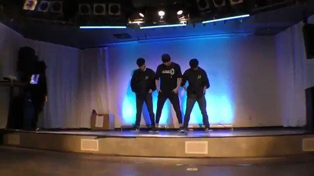 ダンサー達が作った遊戯王のショーケースが面白すぎるから皆見て