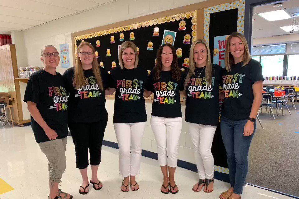 Team Grade 1 #WBPandas is set and ready for a fun-tasting new school year! ❤️🐼🎉 #WeAreD34