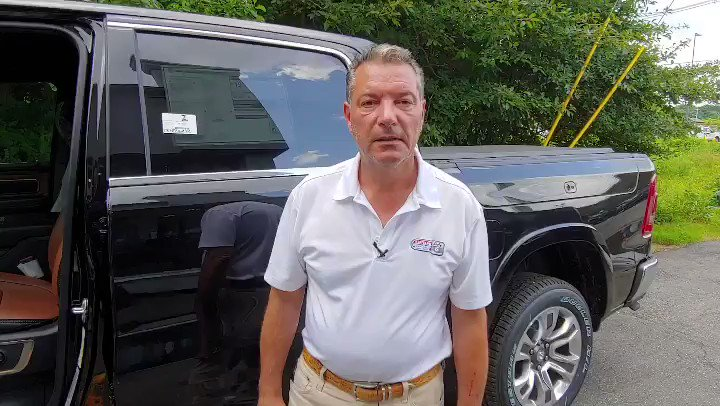 """The 2019 Ram - with a 12"""" screen, sliding rear window, Ram Box for storage - and so much more. Stop in to see Robert. #statelinecjdr #24autogroup http://www.statelinecjdr.com"""