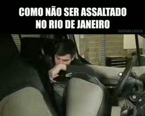 Como não ser assaltado no Rio De Janeiro....#Piadas24Horas #RioDeJaneiro #RJ #Sniper #RecebidosCocaCola #HumorVenezolano #BrunoHenrique #TheNoite #Gerson #DiguinhoCoruja #Flamengo #TheNoiteComDaniloGentili #RodrigoCaio #Internacional #Humor #NicoLopez #QuintaDetremuraSDV