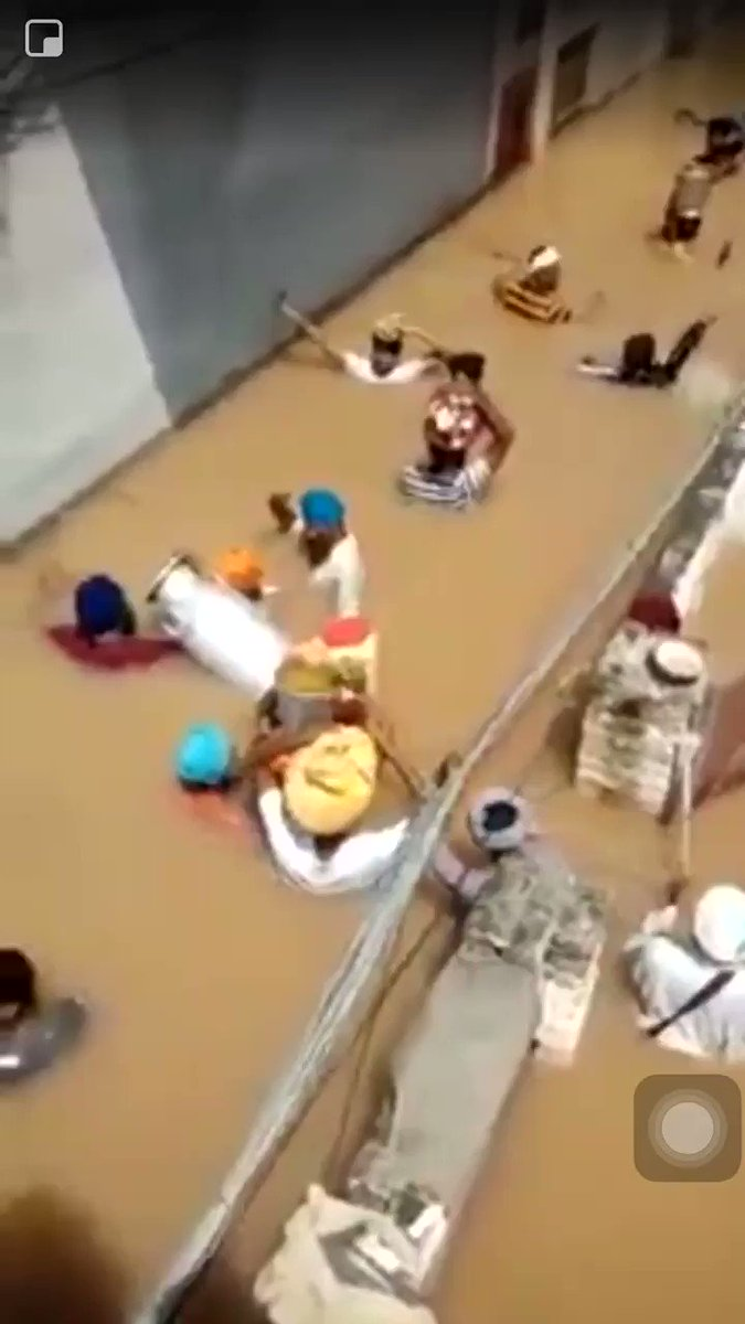 Langar travels from house to house in flood ravaged Punjab villages