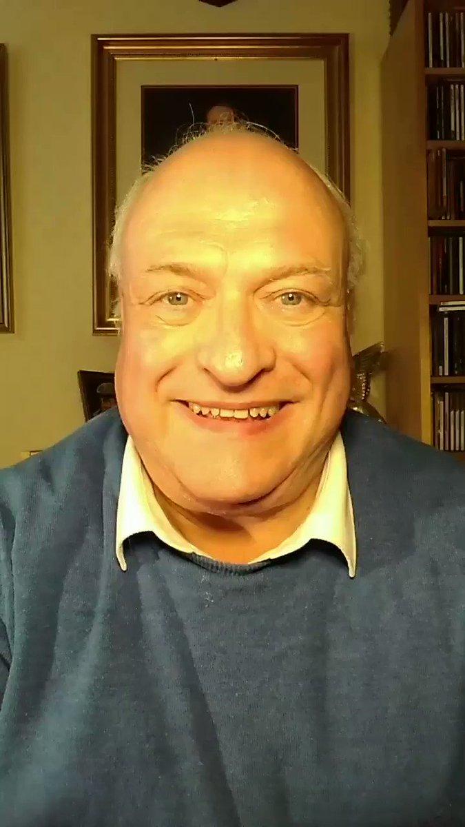 The New Television @TVFest2019 @edfests @edintfest #tvfest facebook.com/33504741655007… #television @C4Press @itvpresscentre @bbcpress @EdinburghTVFest #MustWatch @ScottieMcClue #TVsTopLeadingMan The Worlds Top Broadcaster & First Lord Of The Internet Wants A Half-Hour Slot #TV