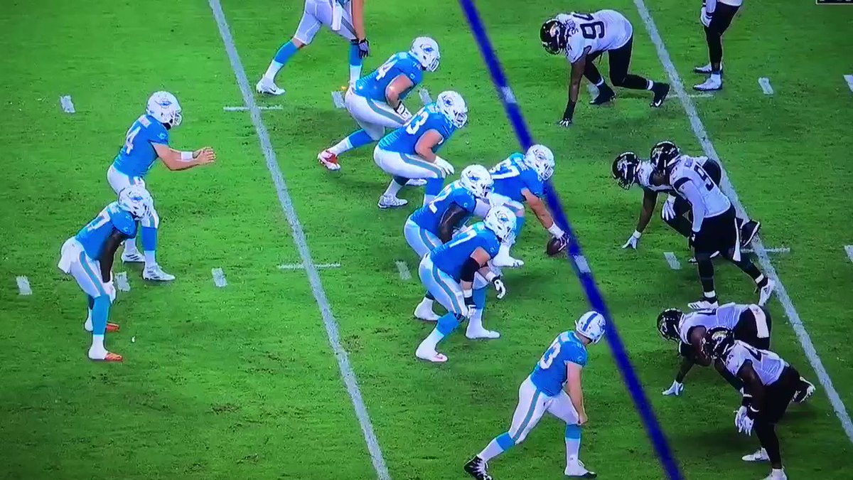 RT @houtz: josh allen is using the dolphins offensive line as a turnstile https://t.co/9cqtxVIHvH