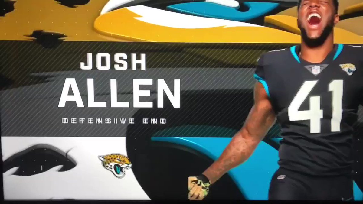 RT @LockedOnJaguars: Josh Allen is your MPV for the #Jaguars tonight. Unreal. https://t.co/D89jkw4DzD