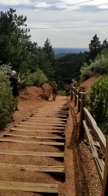 Nice run up the Manitou Incline this morning! 🎥 @egea_aritz