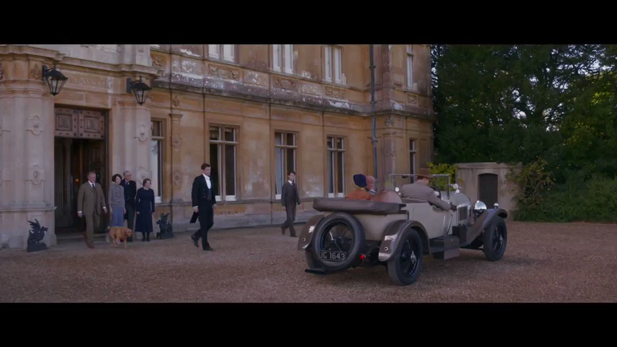 RT @ETCanada: Get an inside look at the upcoming #DowntonAbbey movie https://t.co/hO8Uuf2lpg https://t.co/MksCfOihnQ