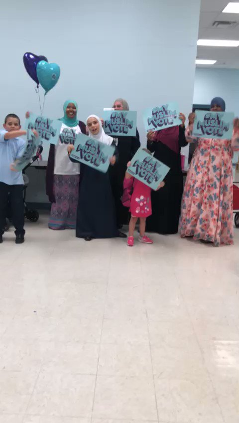 This is how excited folks were to register to vote at Ohio's Al Ihsan School of Excellence! 🎉 #MyMuslimVote #NMVRD
