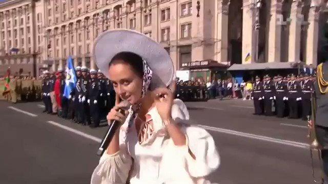 день независимости украины рэп лепестках появляется белоснежное