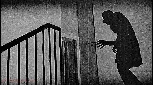 Right then... what's the greatest horror movie EVER?  Clip: Nosferatu (F. W. Murnau, 1922) #horror #horrorfamily