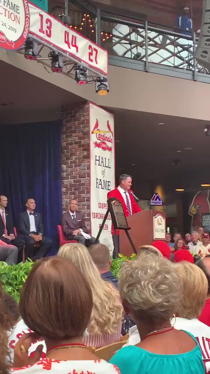 The @Cardinals Hall of Famers welcome Izzy to the club. #stlcards
