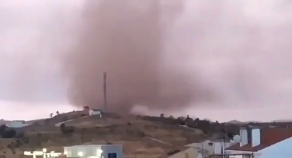 RT @severeweatherEU: #Tornado in Campillos, Malaga, Spain yesterday, August 26th! Report: @joseluis_manjon https://t.co/FMuKIOciKR
