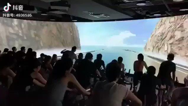 spor salonuna simülatör ekran koyup teşviği arttırmak