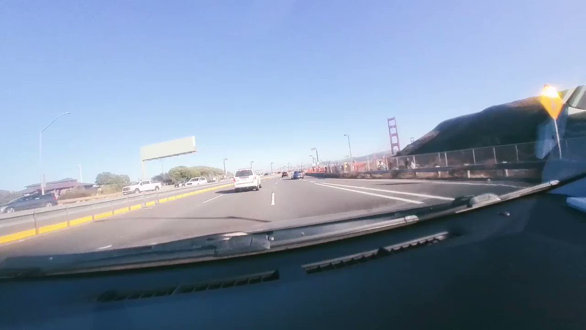 This video was not edited by a human. It was done with an AI in less than 5 minutes. #artificialintelligence #insta360go