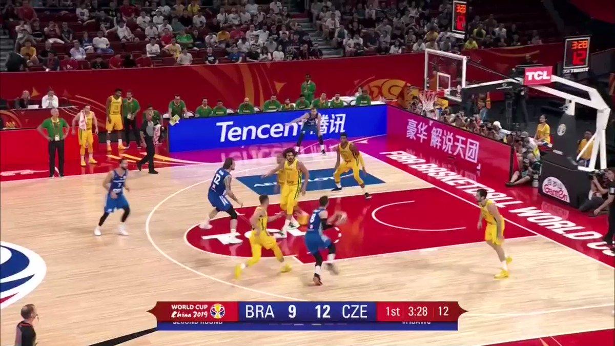 20PTS I 7REB I 9AST I 3STL I 35EFF  🇨🇿 @Satoransky was UNREAL vs 🇧🇷, fueling @CeskyBasketbal to their 3W in #FIBAWC! #CzechRepublicGotGame   📖 http://go.fiba.basketball/CZESatoransky