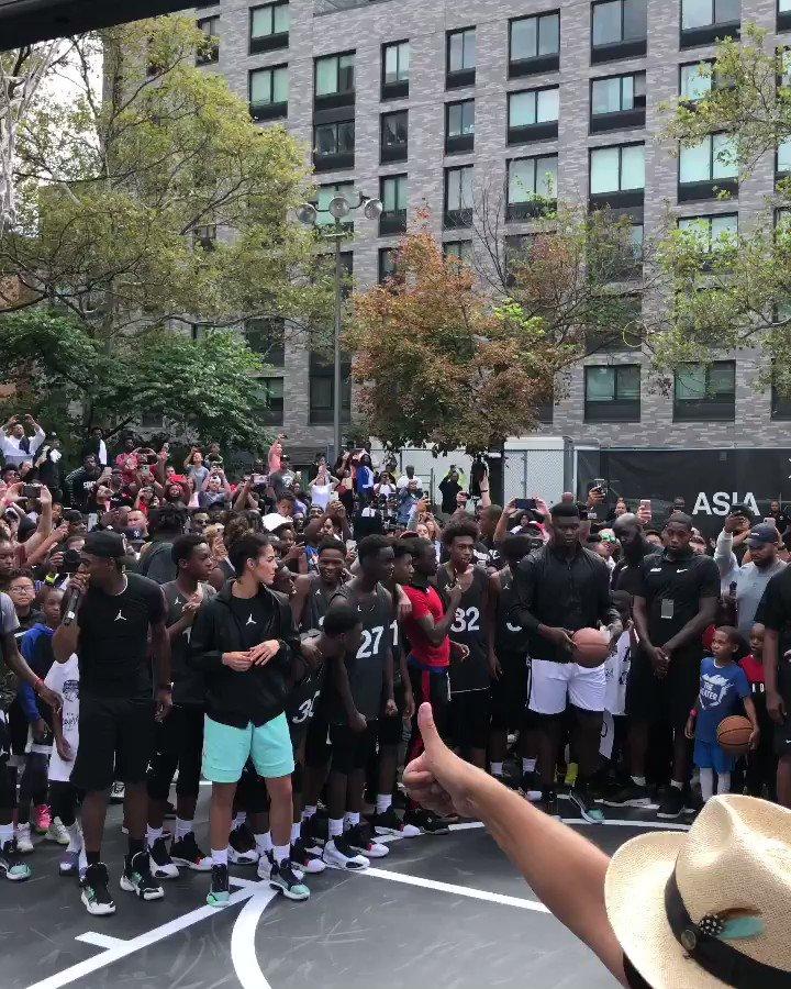 💥👟 @Zionwilliamson at the #AirJordan XXXIV unveil in NYC! #NBAKicks