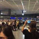 成田空港で一晩過ごすことになったら、海外のゴスペル隊がゲリラ公演始めた!